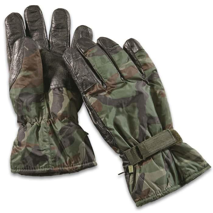 Woodland camo gloves