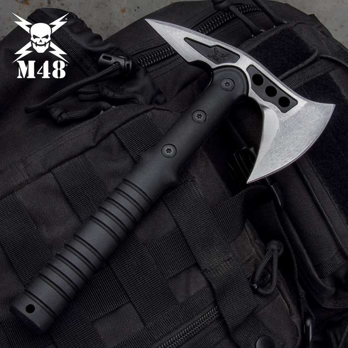 Now you can enjoy all the qualities of United Cutlery's best-selling M48 Tactical Tomahawk in this scaled down M48 Camp Hawk