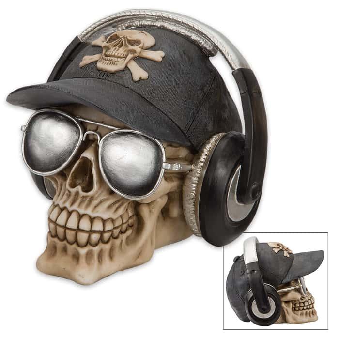 Bone Smuggler Pilot Skullpture