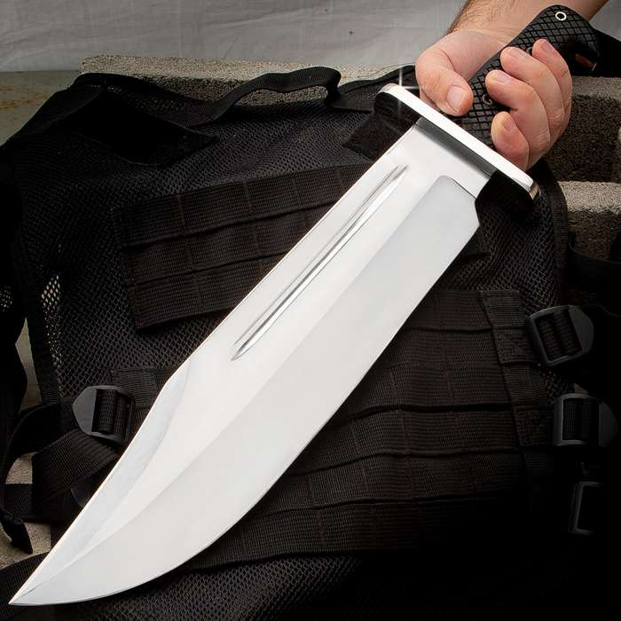 The Giant Killer Fixed Blade Knife And Sheath - Stainless Steel Blade, TPR And Stainless Steel Handle, Stainless Handguard - Length 20""