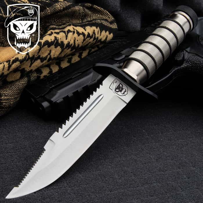 SOA Tactical Hunting Knife And Sheath