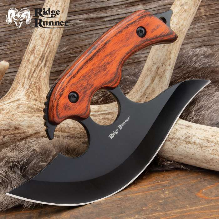 This archer ulu knife makes a great addition to your hunting gear, especially, to add to your field dressing tools