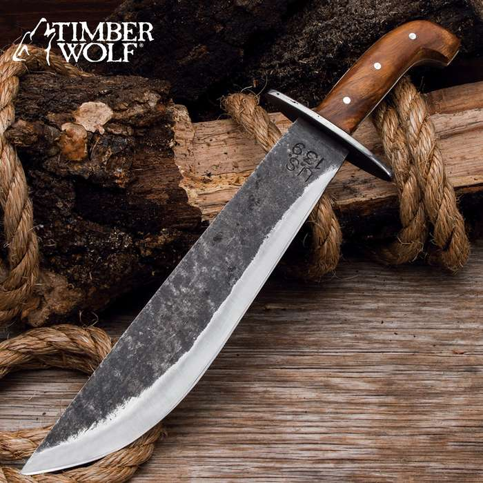 The Timber Wolf US 139 Survivor Knife is a complete beast you can count on in the woods, on the trail and out on your land
