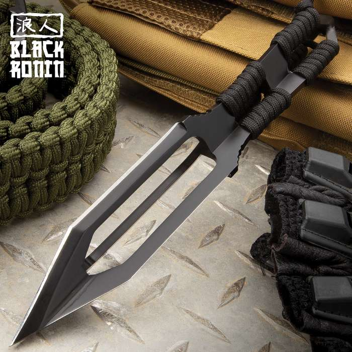 """Black Ronin Tri-Edged Spear Head With Sheath - Stainless Steel Construction, Black Oxide Coating, Nylon Paracord Wrapping - Length 9"""""""