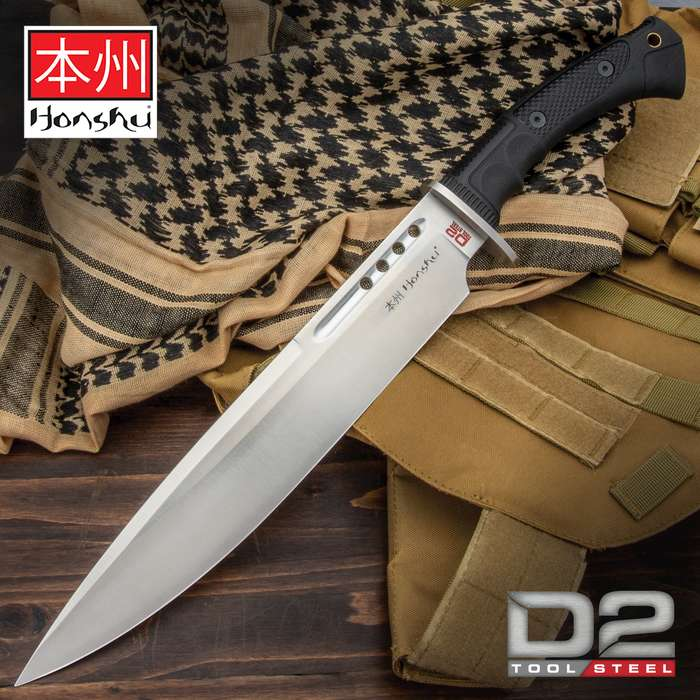 An exceptional addition to the Boshin line of tactical weapons, which blends tradition and innovation and style and function