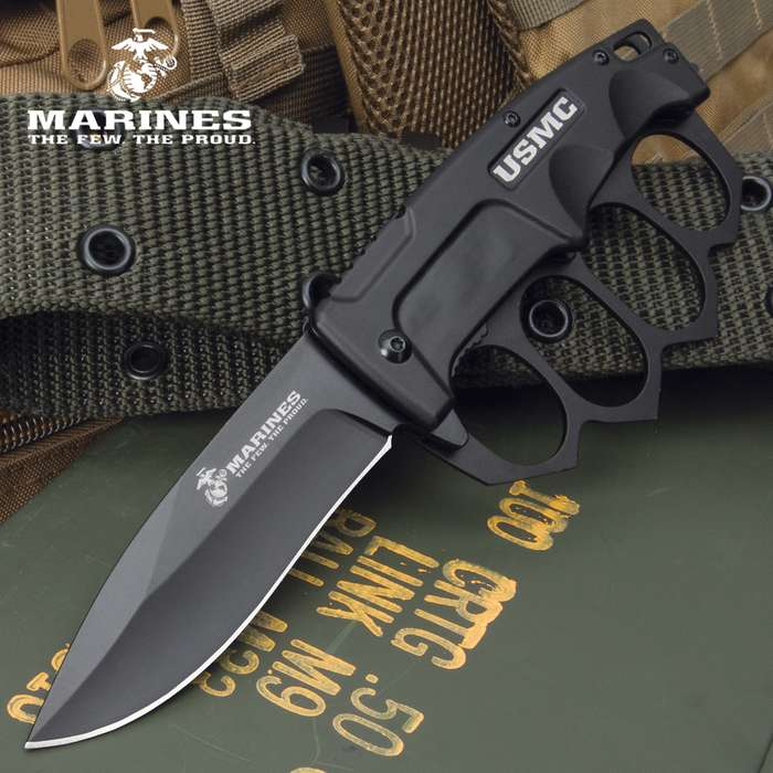Our officially licensed USMC Trench Folding Knuckle Knife was made for battle with a design that was trusted in the trenches for decades