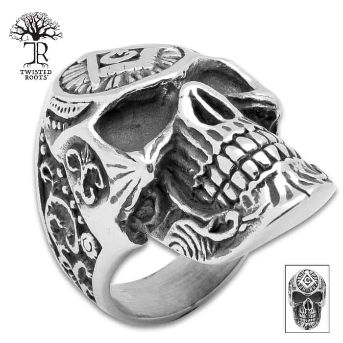 Twisted Roots Mason's Skull Ring