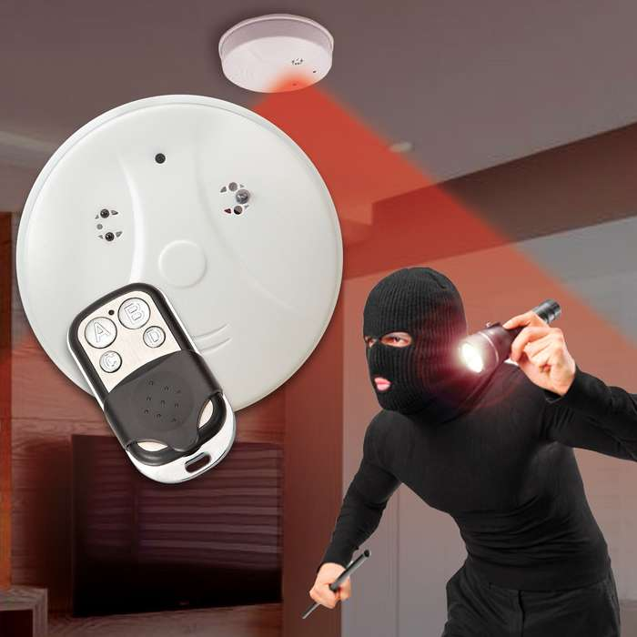 Smoke Detector Spy Camera With Night Vision - 1080P, Wireless, Remote Control, Plug And Play Video, Supports 32G SD Card - Not Included