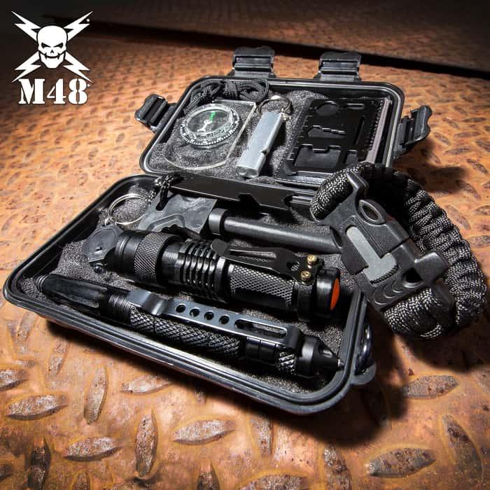 M48 Survival Kit - Weatherproof Padded Case, Flint And Striker, Keychain Light, Tactical Pen, Mini Flashlight, Multi-Function Paracord Bracelet