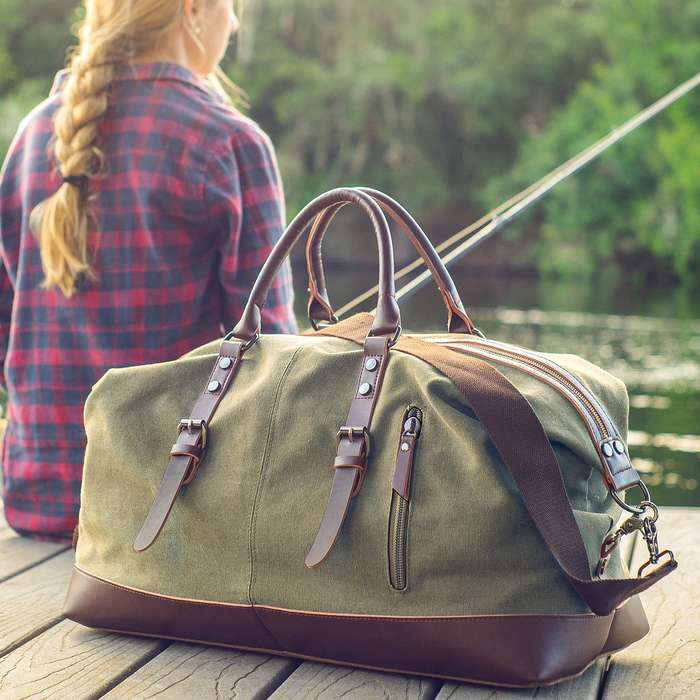 An attractive must-have for any world traveler, this tough duffel bag is meant for those off-the-beaten-path adventures