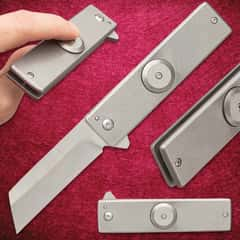 """Tactical Tan Fidget Spinner Pocket Knife - Solid Stainless Steel Construction, Assisted Opening, Fluid Bearing Mechanism - Closed 4"""""""