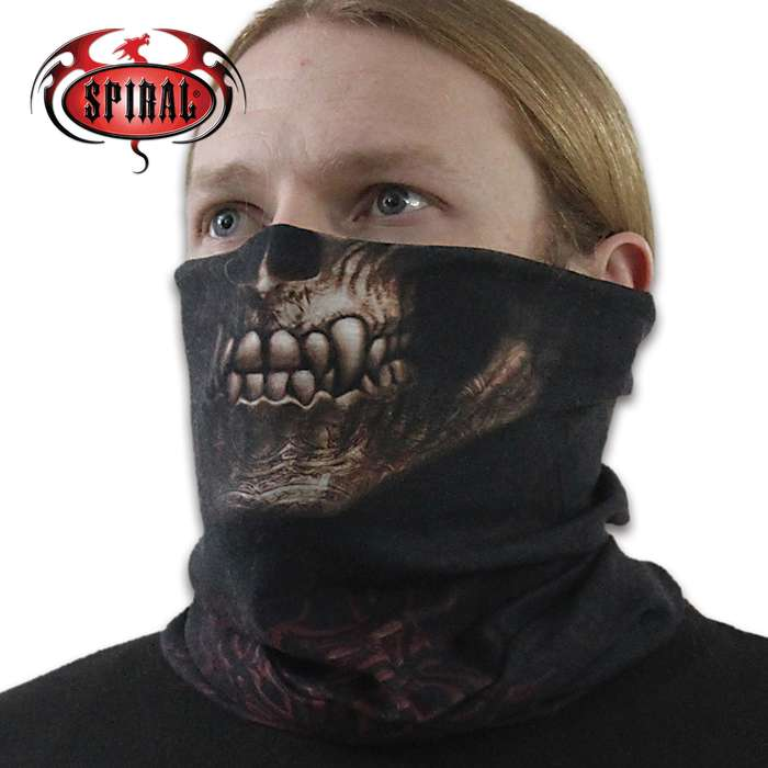 The multi-functional, seamless loop scarf can be used as a face mask, balaclava, headband, wristband, beanie and more