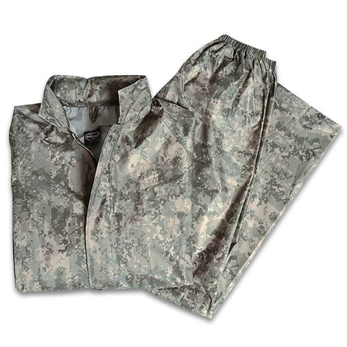 Ideal for all outdoor pursuits like hiking and hunting, the Mil-Tec AT-Digital Camo Wet Weather Suit is lightweight and comfortable