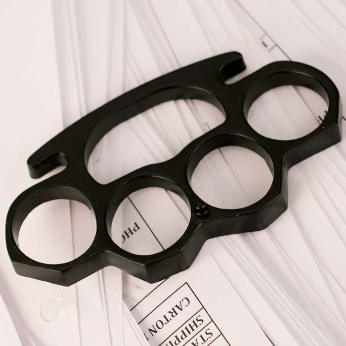 Black Brass Knuckles - Knuckleduster
