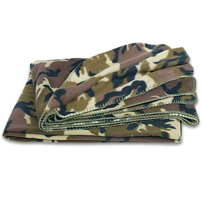 Woodland camo fleece blanket