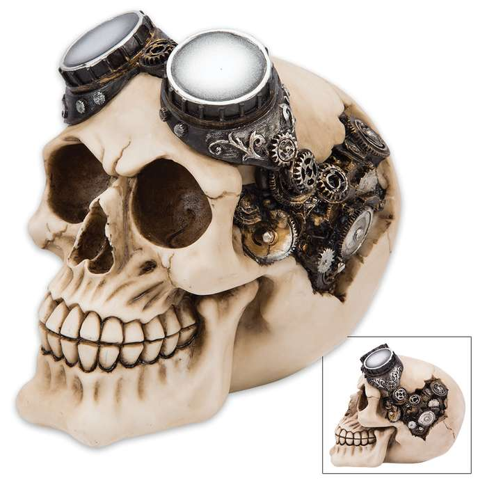 Steamer Bones Aviator Skullpture