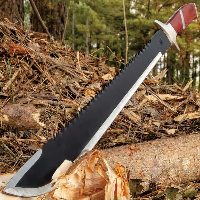 War Hunter Sawback Machete with Nylon Sheath - Brown