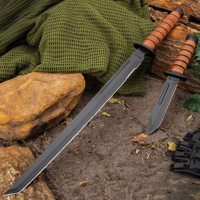 US 1942 Combat Fighting Knife And Sword Set - Stainless Steel Blades, Non-Reflective Finish, Stacked Leather Handles, Sheaths