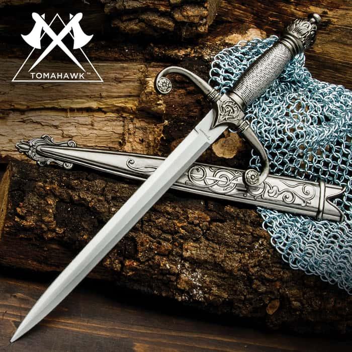 Royal Knights Dagger with Sheath