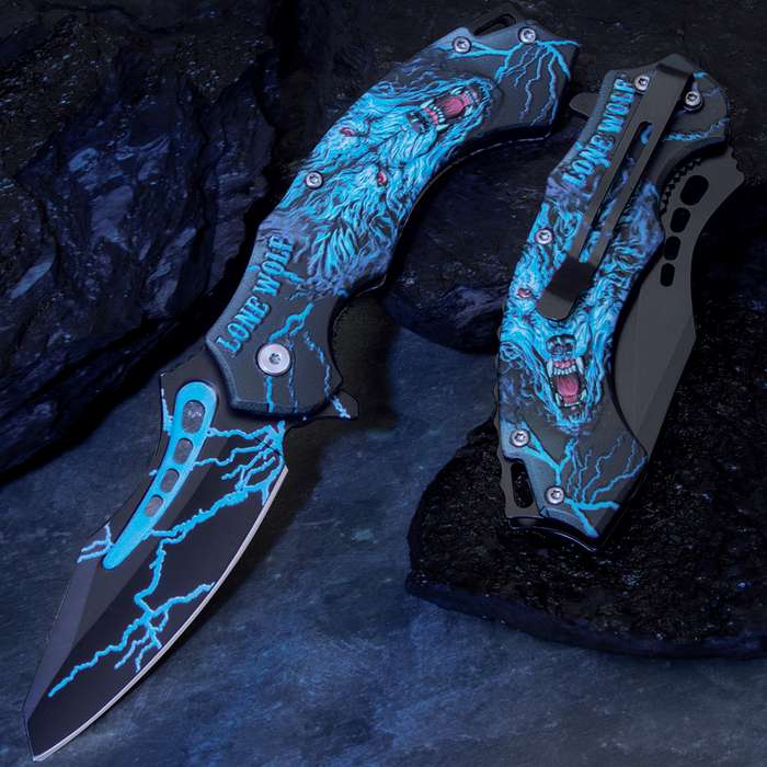 The Lone Wolf Assisted Opening Pocket Knife is rich with eye-catching details