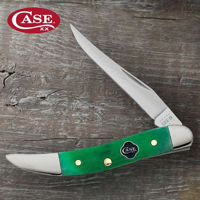 The Case Clover Bone Small Texas Toothpick Pocket Knife can be a symbol of good fortune with its bold, Kelly green color