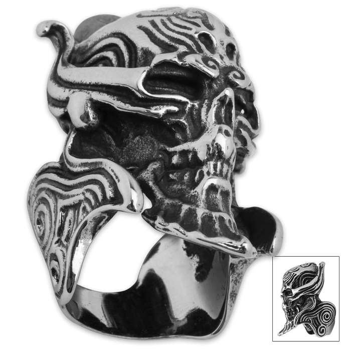 Twisted Roots Alien Skeleton Head Ring