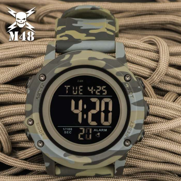 Tough enough to take all-day abuse, the M48 Camo Digital Watch is the perfect watch to wear during hunting season