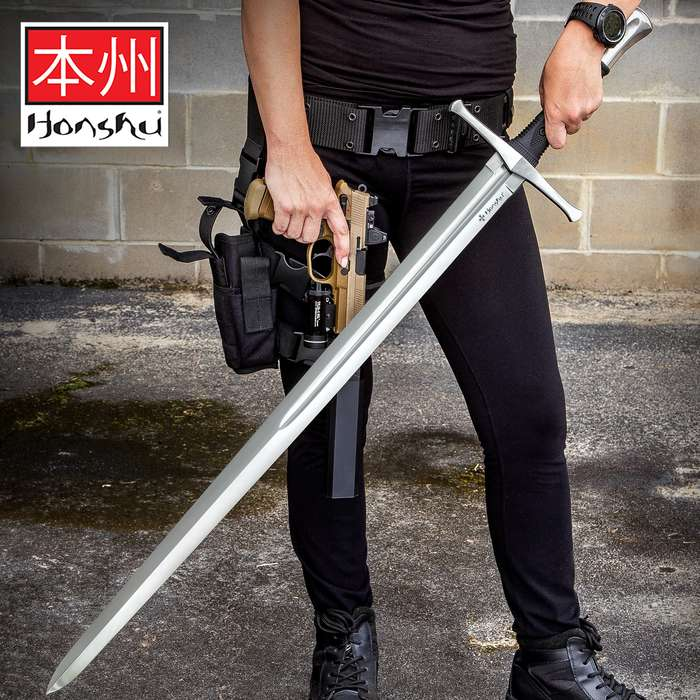 Honshu Broadsword With Scabbard - 1060 High Carbon Steel Blade, TPR Handle, Stainless Steel Pommel - Length 43 1/2""