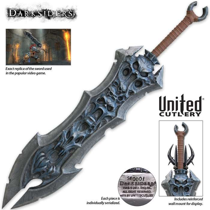 The Darksiders Chaoseater Sword & Wall Plaque