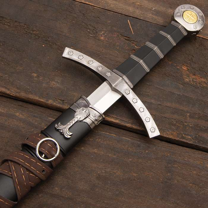Jerusalem Rose - Medieval Crusader Short Sword with Sheath