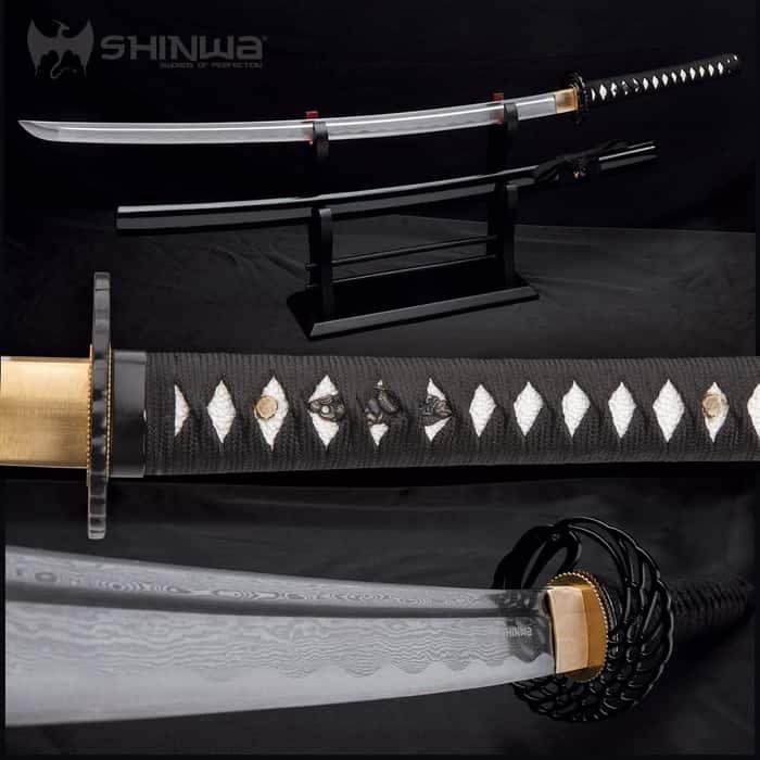 Shinwa Royal Warrior Handmade Katana / Samurai Sword - Hand Forged Damascus Steel, Hamon - Razor Sharp, Full Tang - Fully Functional, Ninja Bold - Faux Ray Skin, Cord Wrap, Custom Wing Tsuba Design