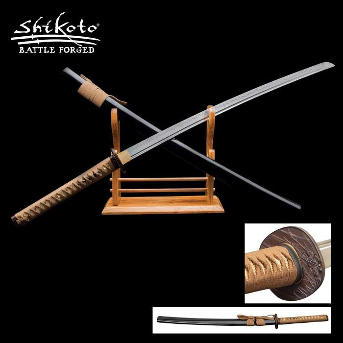 This Shikoto katana was inspired by and is worthy of the warrior who fights in the shadows – the Ninja hidden in the night
