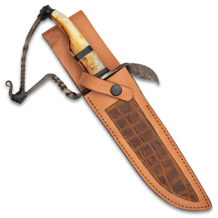 """Timber Wolf Frontiersman Bowie Knife And Sheath - Handcrafted, Damascus Steel Blade, Burnt Bone Handle - Length 13 1/4"""""""
