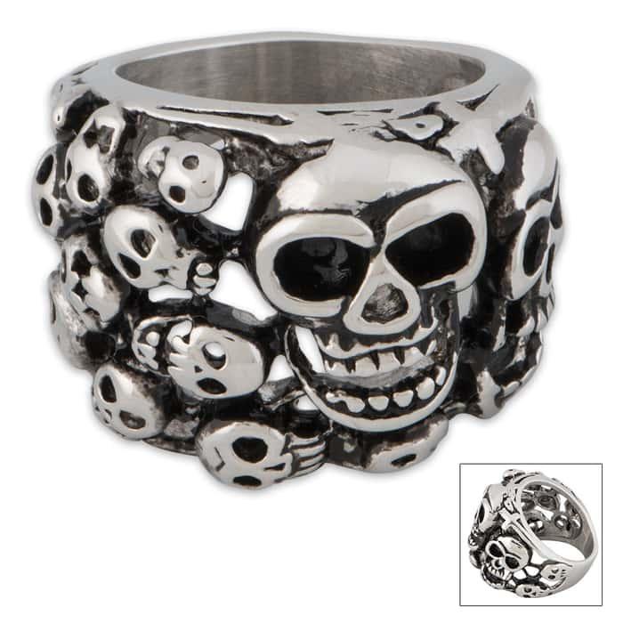 Skull Yard Skulls Ring