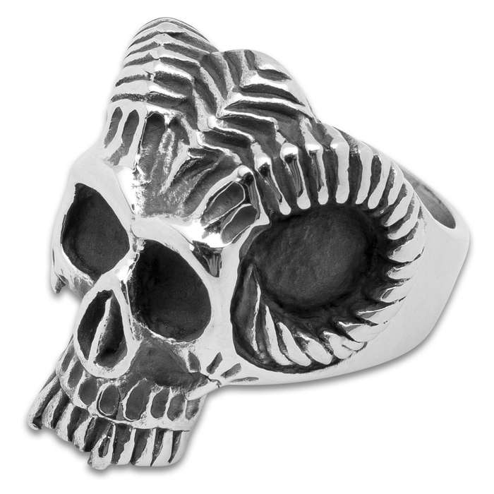 Twisted Roots Ram Horns Skull Ring