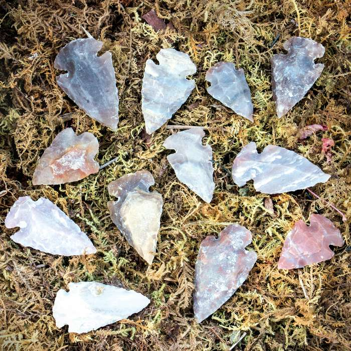 """Handcrafted Contemporary 1"""" Jasper / Agate Arrowheads - 12-pack"""