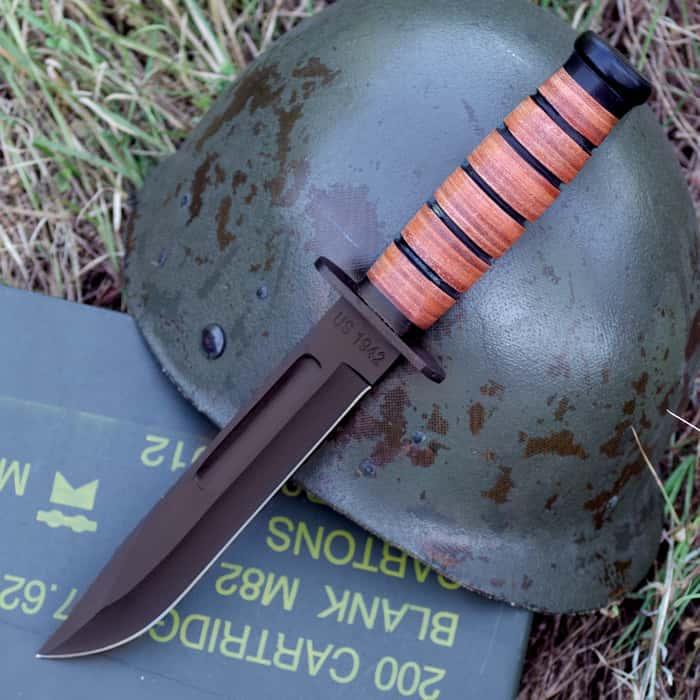 US Marine 1942 Knife & Sheath
