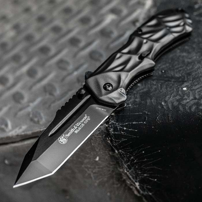 Smith & Wesson Black Ops Tanto Assisted Opening Pocket Knife
