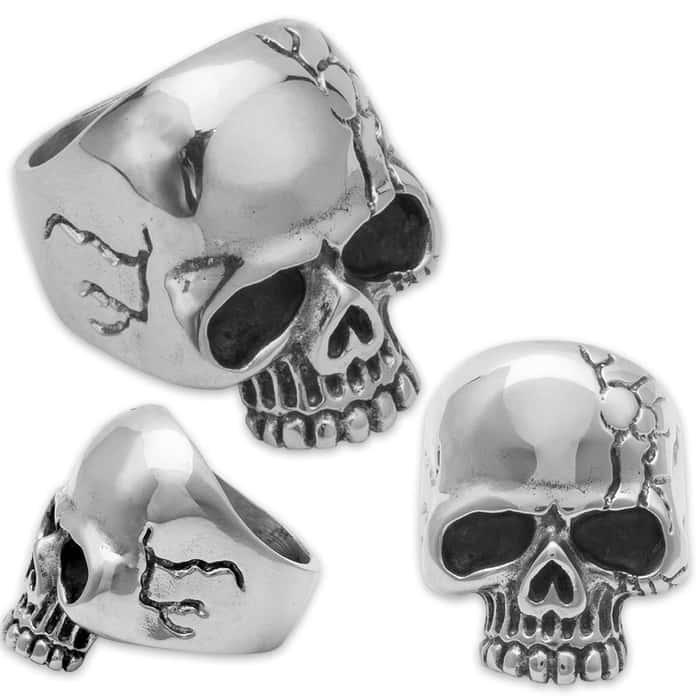 Cracked Dead-Eyed Skull Ring