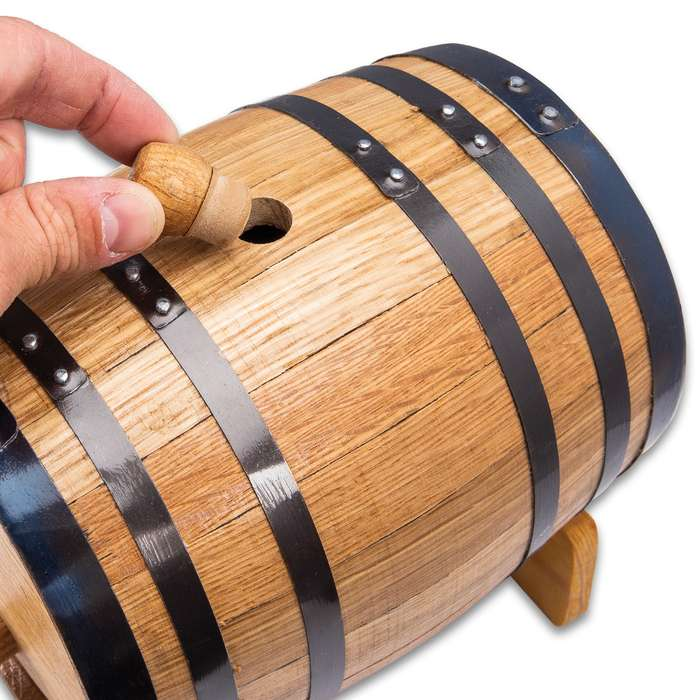 American Oak Whiskey Barrel - 5L - Includes spigot and stand