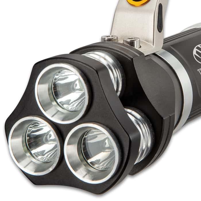 "Trailblazer Flashlight With Super Bright White Lights - Weather-Resistant Aluminum Body, 800 Lumens - Length 6 1/2"""