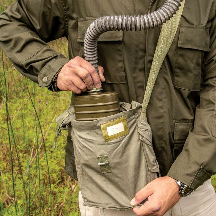Polish MP3 Gas Mask With Hose, Filter And Transport Bag, Authentic Military Surplus, Protective Eye Lenses