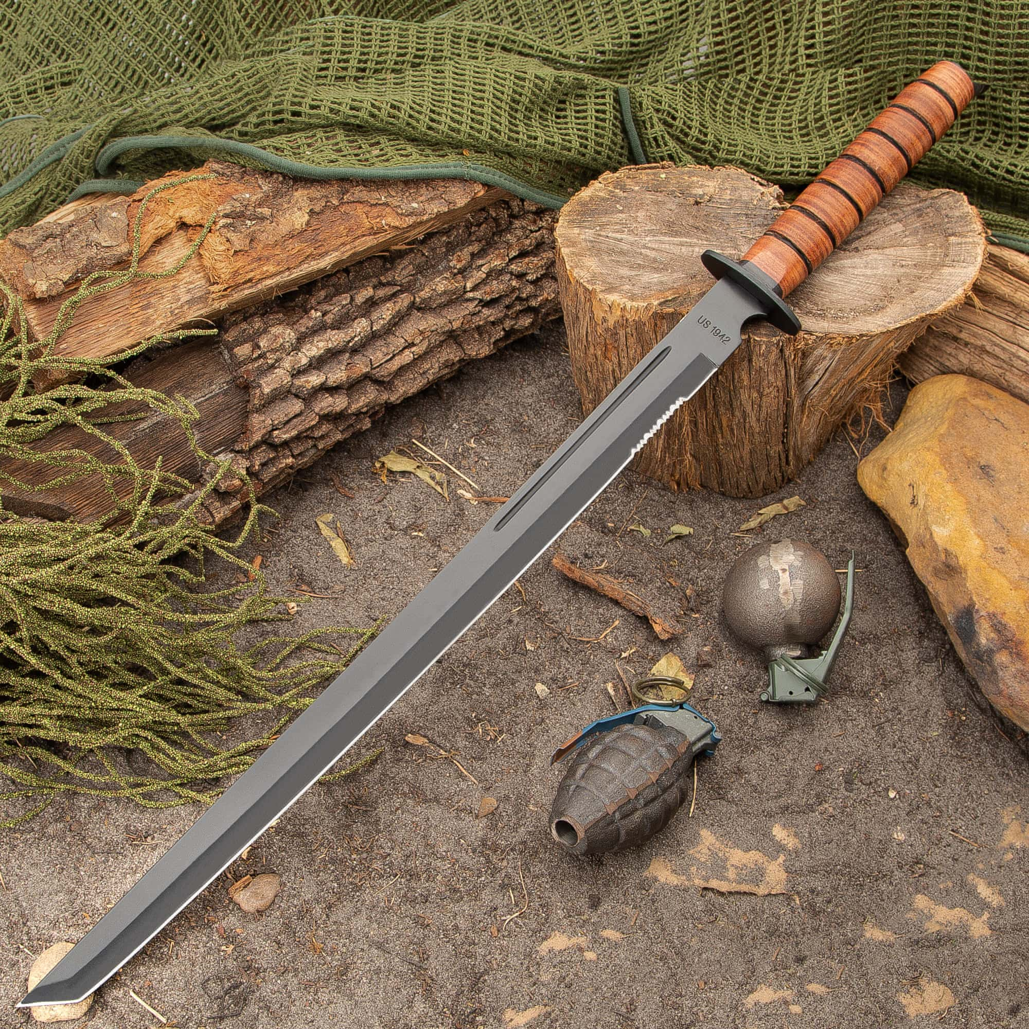 1942 Marine Combat Sword with Sheath | Cutlery USA
