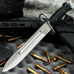 M7 Bayonet Knife - Replica; Used on Vietnam-Era M-16 Rifles