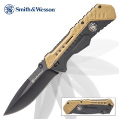Smith & Wesson Assisted Opening Tan Pocket Knife – Black Oxide Coated Stainless Steel Blade, Stainless Steel And Polymer Handle, Pocket Clip