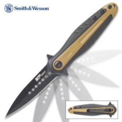 Smith & Wesson Black And Tan Shield Dagger Point Pocket Knife – Stainless Steel Blade, Aluminum And Nylon Handle, Pocket Clip