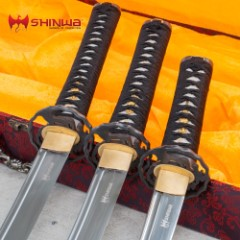 Shinwa Pearl Maroon Samurai Sword Set